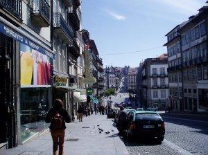 Rua dos Clérigos - view east