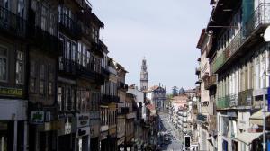 Rua dos Clérigos - view west